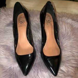 Vince Camuto black glossy pumps